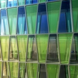 Des micro-algues bientôt en façade sur un incinérateur