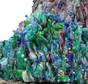 Les pouvoirs publics estiment que les tonnages collectés augmenteront fortement, notamment grâce aux plastiques.