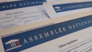 Un député a reconnu que ses questions écrites sur l'agrément emballages lui avaient été soufflées par Eco-Emballages.