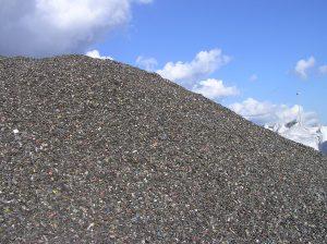 """Les quantités de plastiques de DEEE qualifiés de """"déchets POP"""" (non recyclables, non exportables, non admis en ISDND et en UIOM…) pourraient augmenter fortement."""