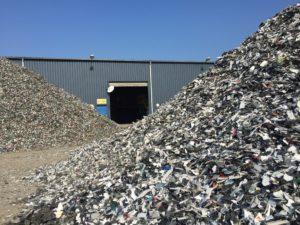 DEEE, mobilier, VHU…: pourquoi les plastiques bromés risquent de contaminer toute une filière